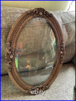 Vtg antique gold Victorian Wood & Gesso Oval Convex Bubble Glass Picture Frame
